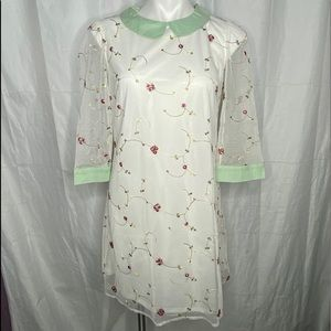 Ellison Dress White Embroidered Flowers Collar S